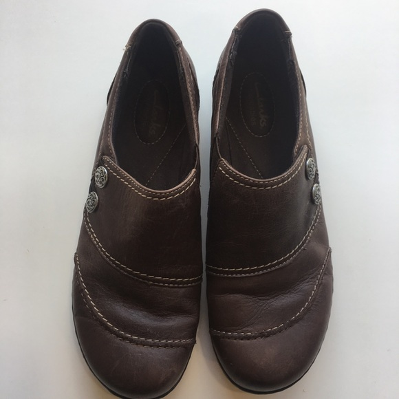 a9109288fd93c Clarks Shoes - Clark s bendable Ashland Alpine Slip-On Size 8.5